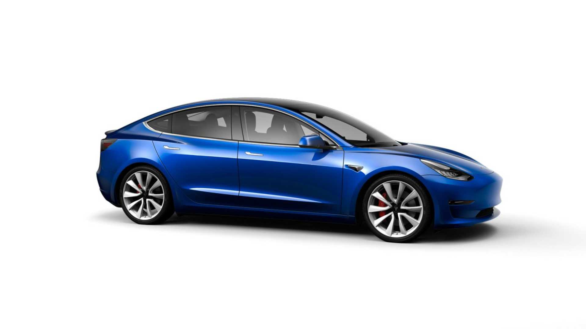 Tesla Finally Begins $35,000 Tesla Model 3 Standard Range