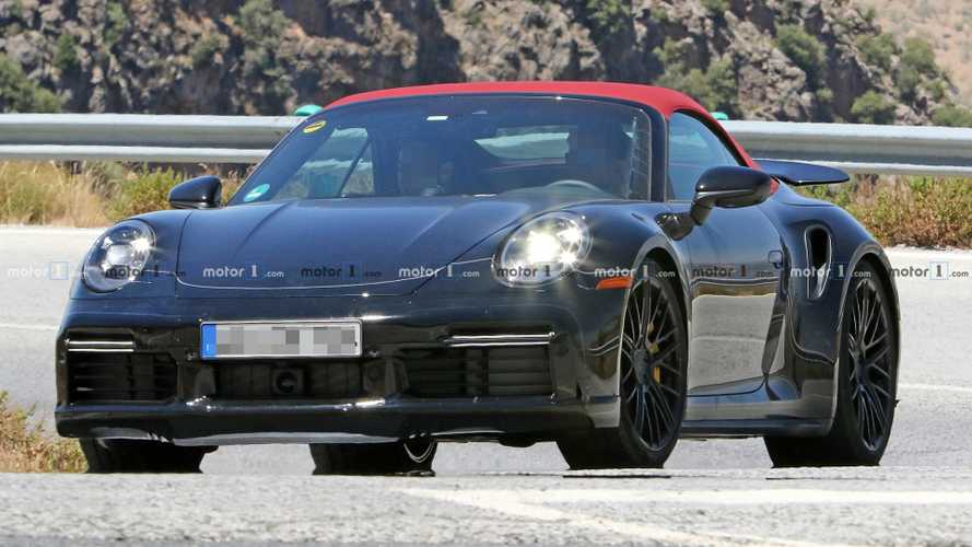 Porsche 911 Turbo Cabriolet spied wearing eye-catching red roof