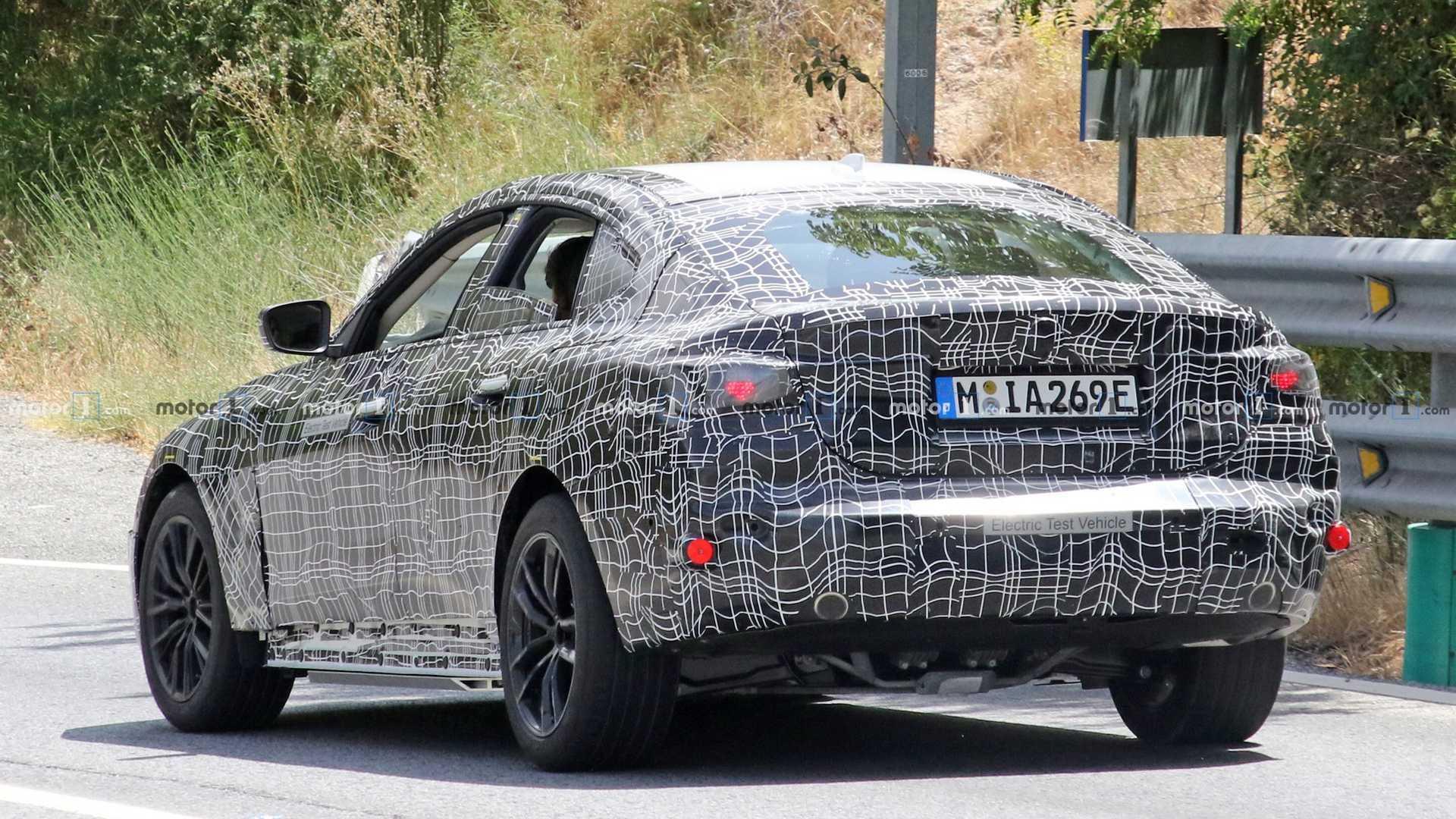 2021 BMW i4 72