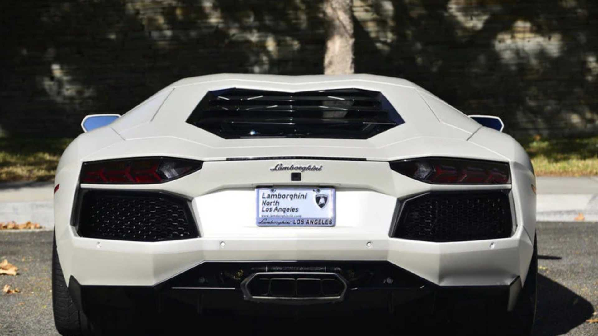 "[""Matte White 2015 Lamborghini Aventador Coupe Is Well Optioned""]"