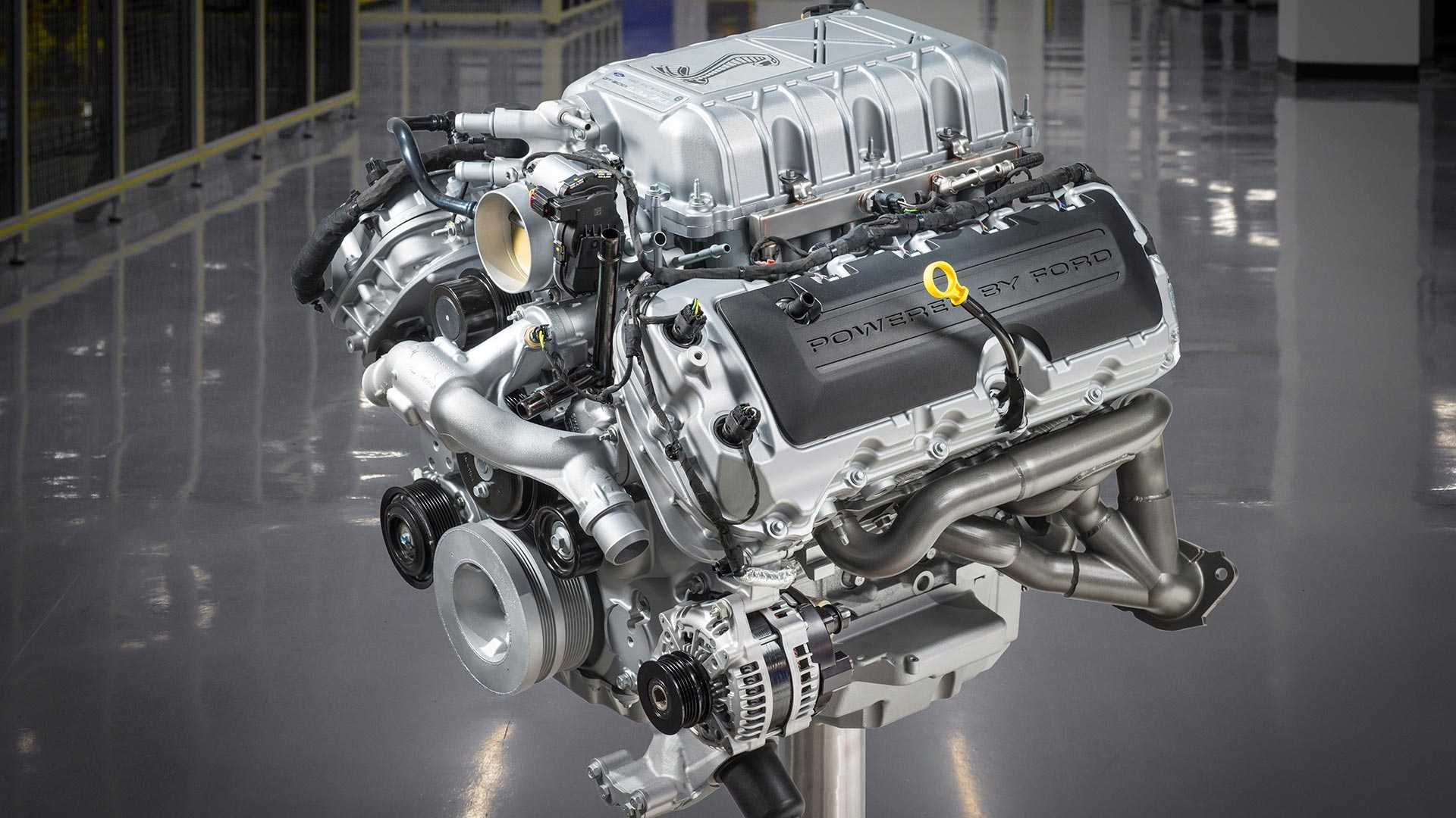 Watch The 2020 Shelby GT500's 760-HP V8 Being Built By Hand
