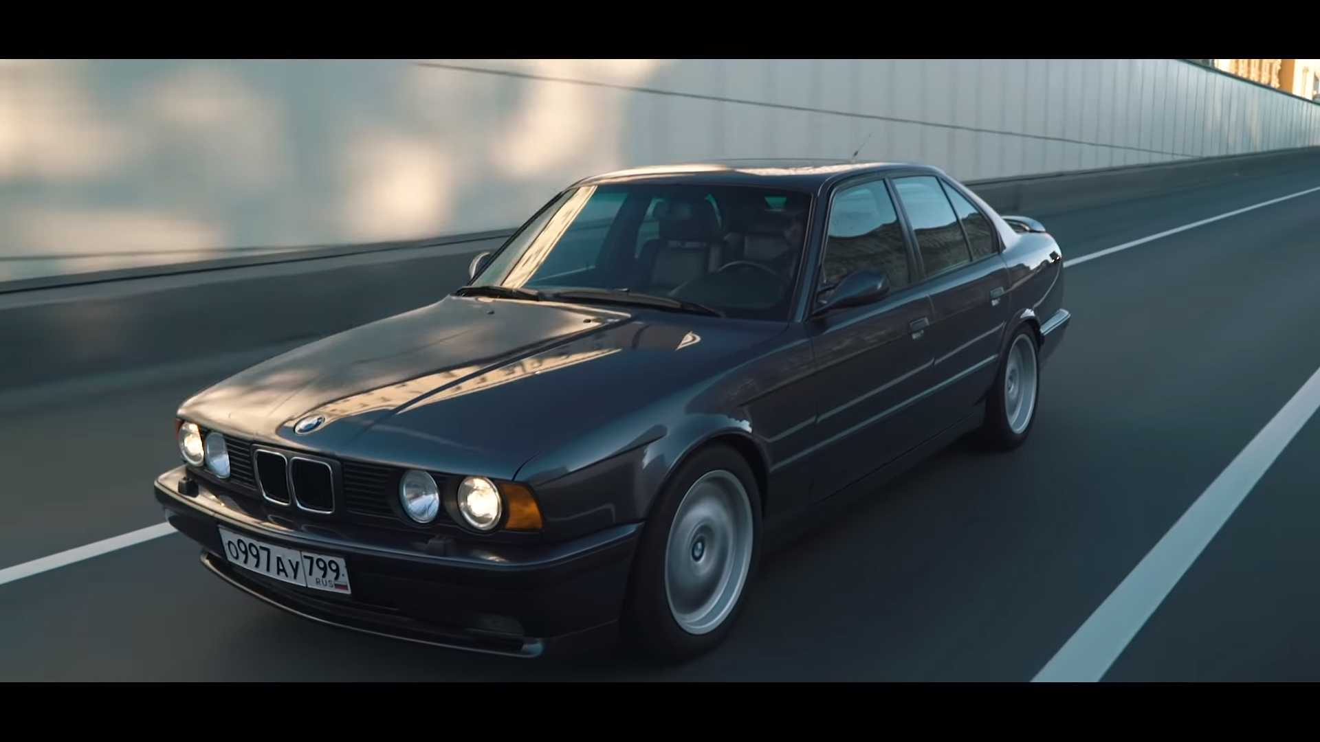 Bmw M5 Three Way Drag Race Pits Old Generations Against New