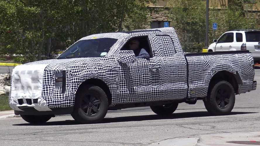 2021 Ford F-150 Spied On Video Under Heavy Camouflage