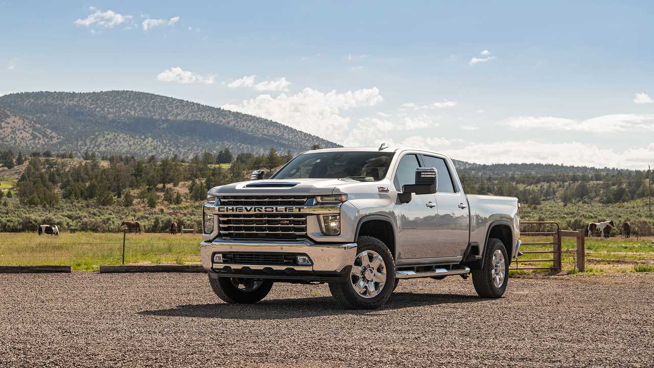 2020 Chevrolet Silverado HD First Drive: Punishing ...