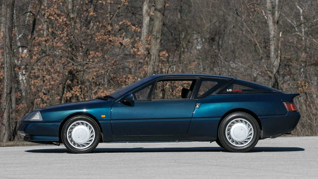 Beautiful 1990 Renault Alpine GTA Is A Rarity In The States
