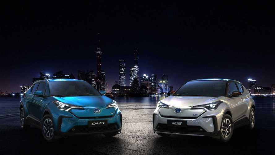 Toyota C-HR mit Elektroantrieb auf der Shanghai Auto Show 2019