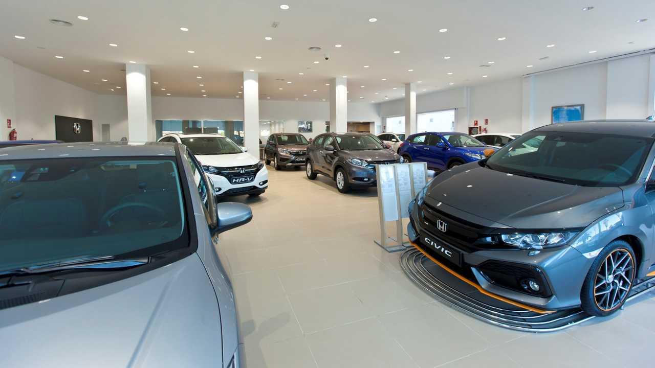 Concesionario Honda: Center Auto