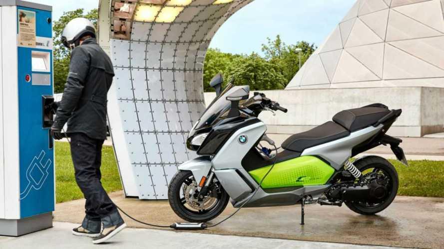 """Ecoincentivi: il Governo premia gli """"scooter verdi"""""""
