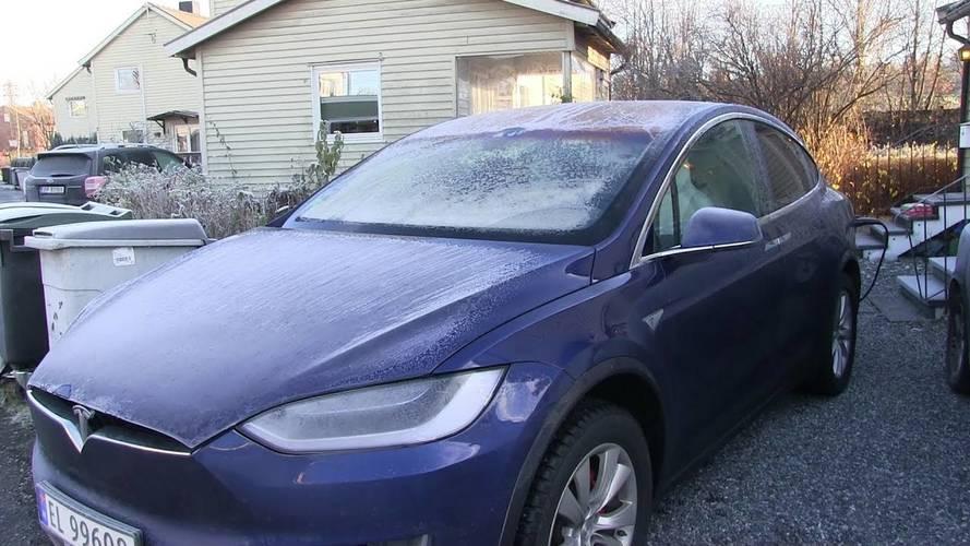 Frost Makes Tesla Model X Fail
