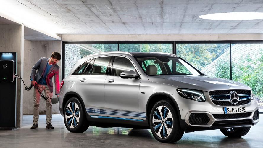 Salone di Francoforte: Mercedes GLC F-Cell, l'idrogeno con l'aiutino