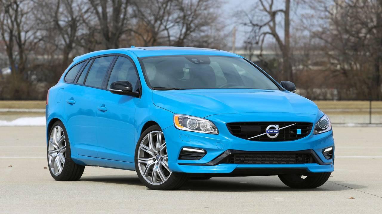 2. Volvo S60 / V60 Polestar: 2.0L turbo ve kompresör I4, 367 beygir