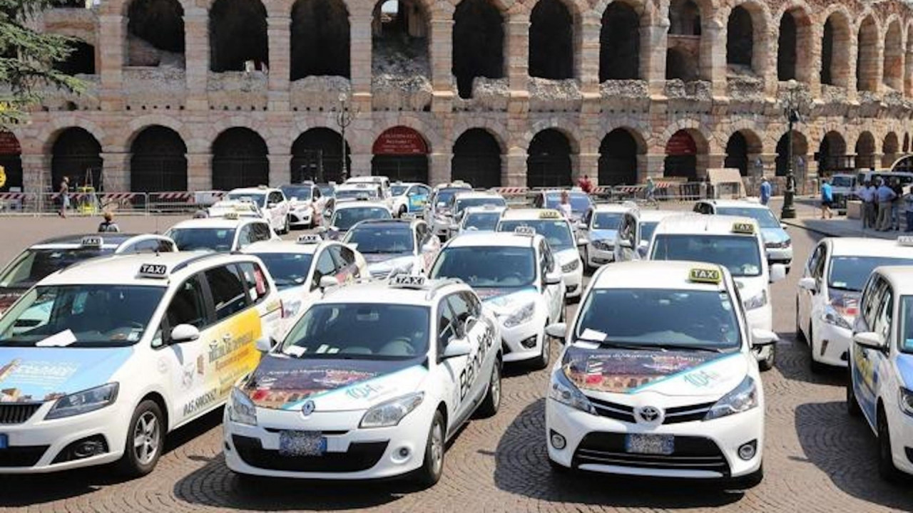 [Copertina] - Sciopero taxi, martedì 21 novembre si fermano in tutta Italia