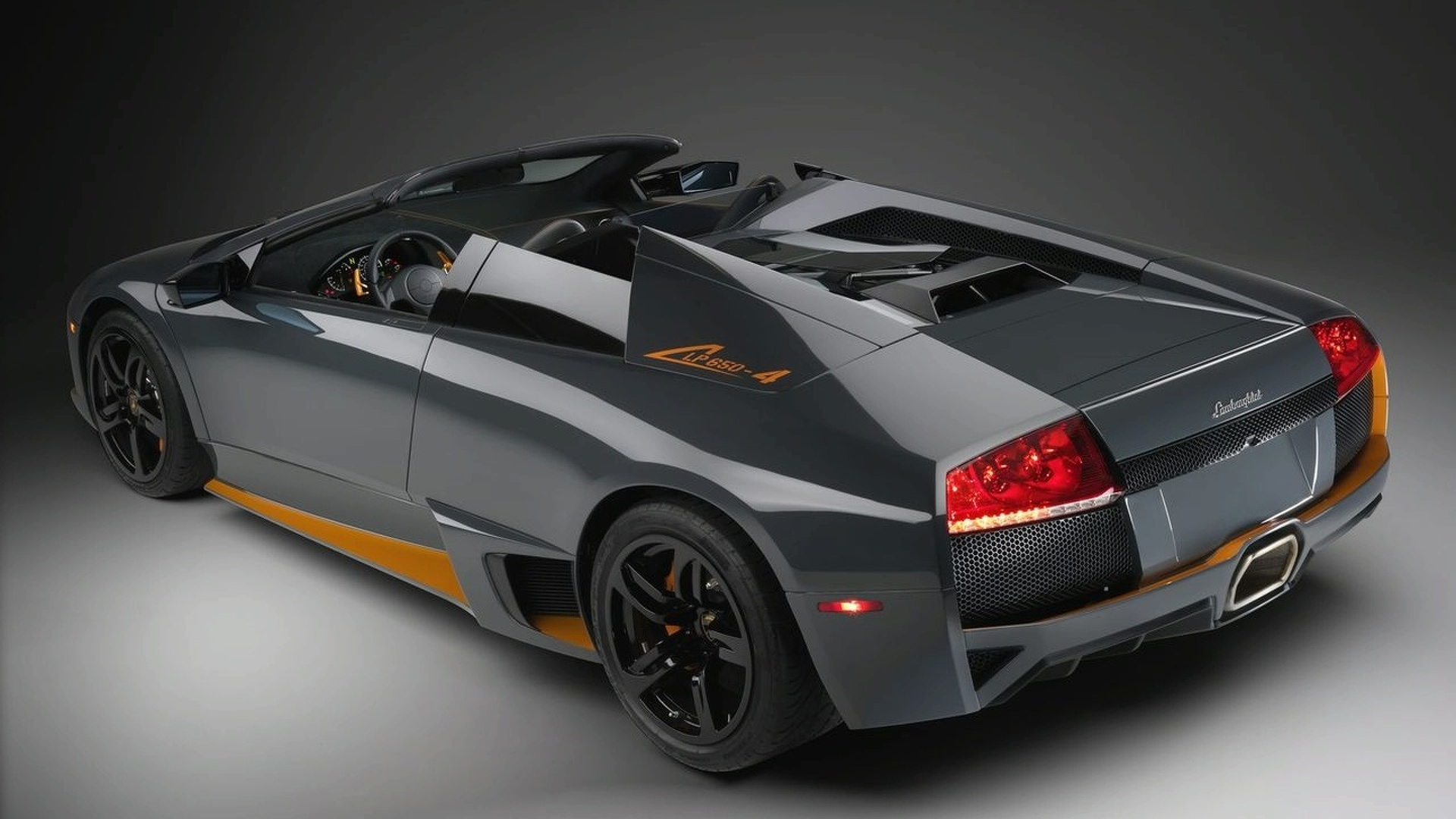 Lamborghini Murcielago Lp650 4 Roadster First Official Photos Released