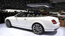 Bentley Continental Supersports ISR Convertible live in Geneva - 01.03.2011