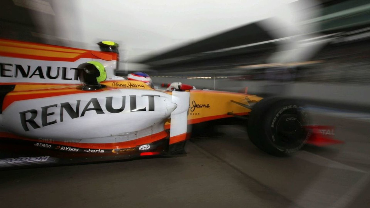 2009 Renault F1 Race car