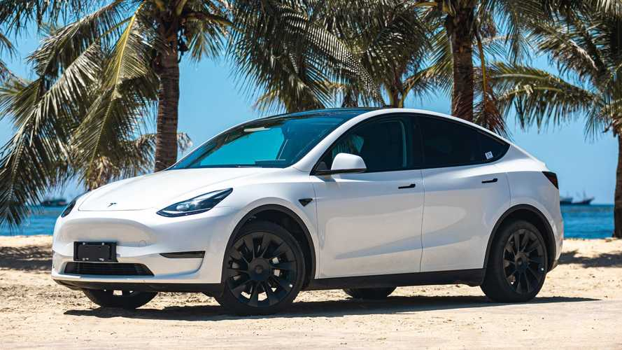 China: MIC Tesla Sales Surge To New Record In September 2021