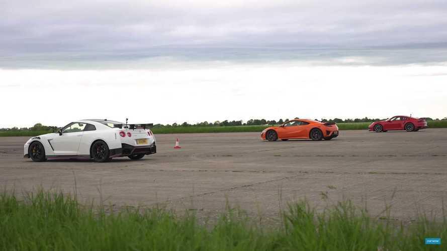 Porsche 911 Turbo S, Nissan GT-R ve Honda NSX ile yarışıyor