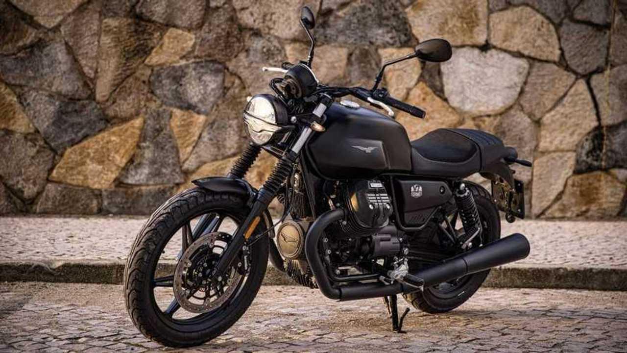 Moto Guzzi V7 Stone resmi masuk Indonesia.