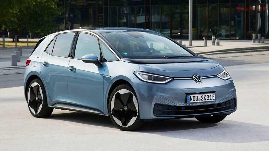 Apresentado no Brasil, VW ID.3 supera meta de vendas no 1° ano