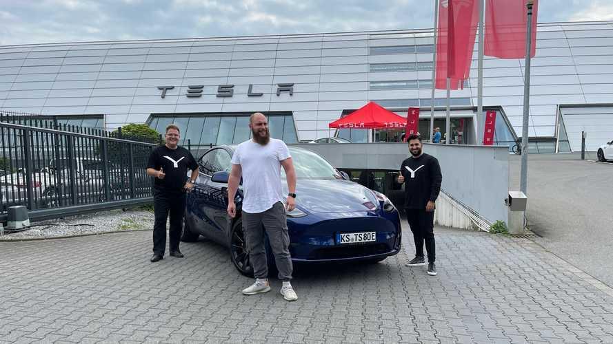Tesla livre le Model Y et envahit l'Europe