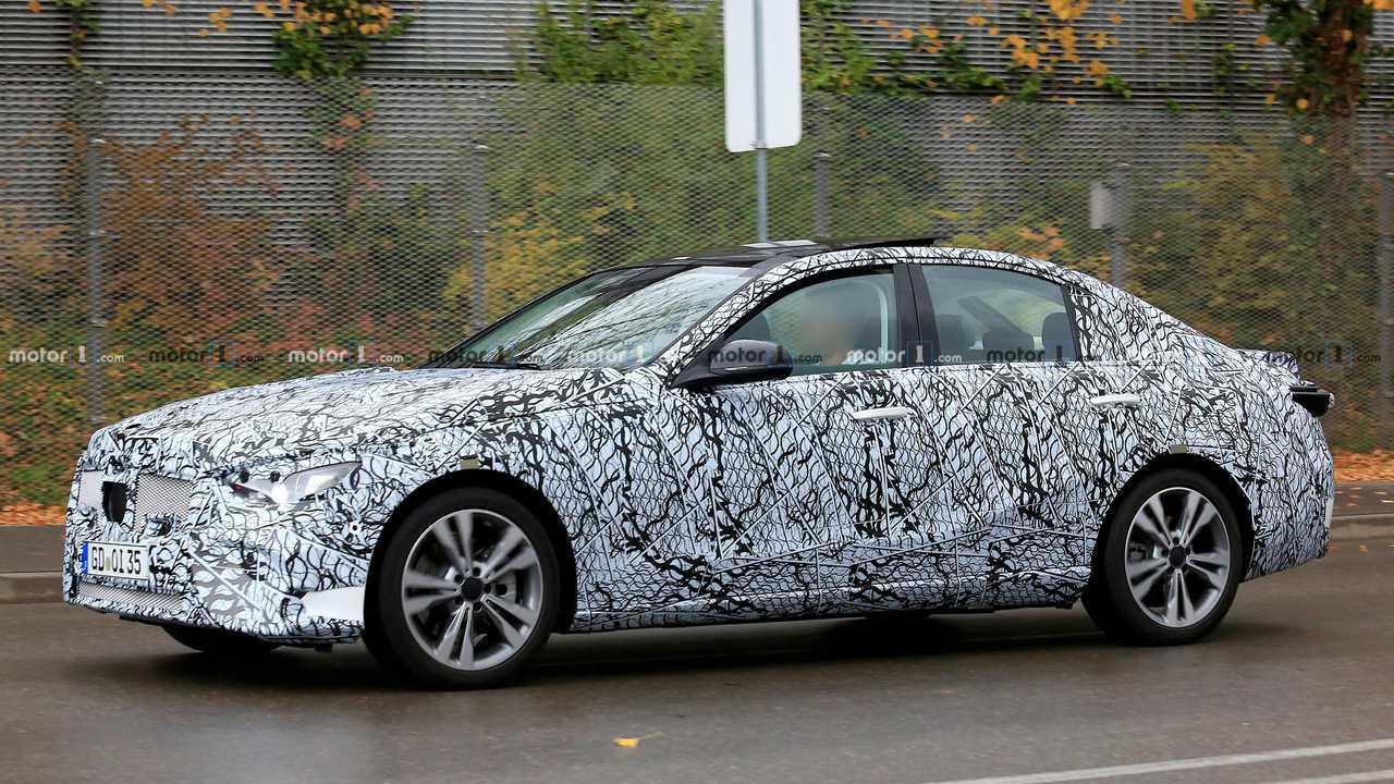 2020 Mercedes-Benz C-Class Spy Photo
