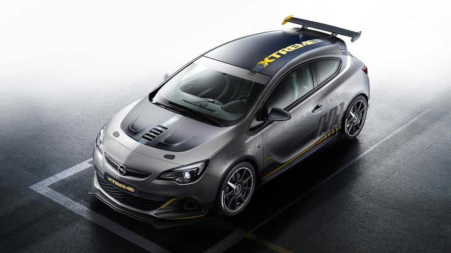 Opel unleashes Astra OPC EXTREME with 300+ bhp, low-volume production confirmed