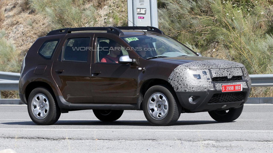 2014 Dacia Duster facelift spied again ahead of September debut in Frankfurt