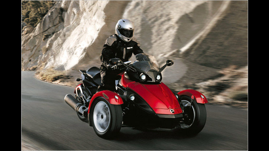 motorrad mit drei r dern der brp can am spyder roadster. Black Bedroom Furniture Sets. Home Design Ideas