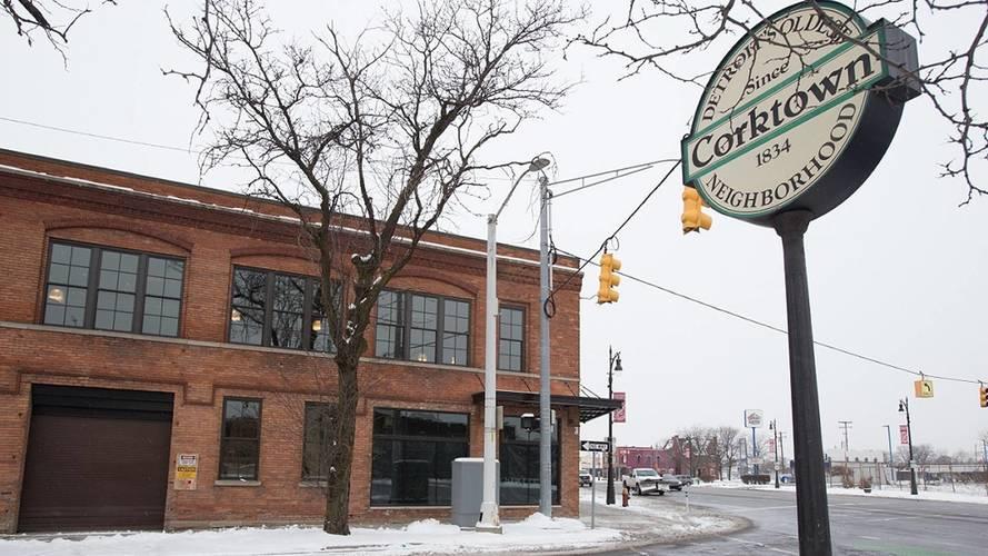 Ford reativa fábrica centenária para projetar futuro elétrico
