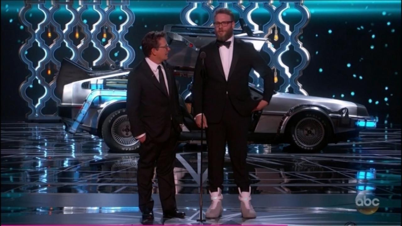 [Copertina] - DeLorean DMC-12, Ritorno al Futuro nella notte degli Oscar [VIDEO]