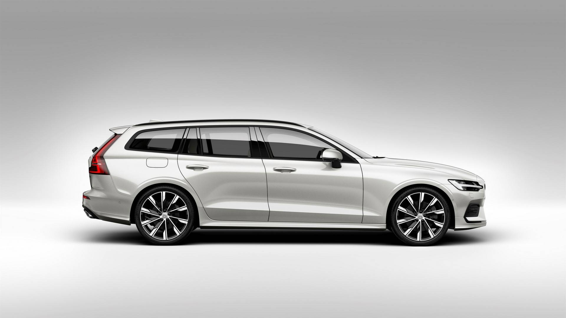Family Resemblance Compare The Volvo V60 And V90 Side By Side