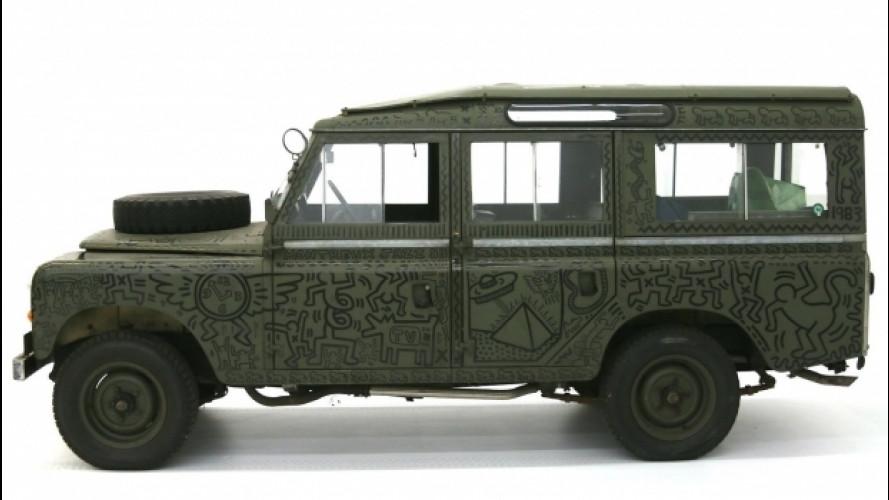 Land Rover, torna alla luce l'esemplare dipinto da Keith Haring