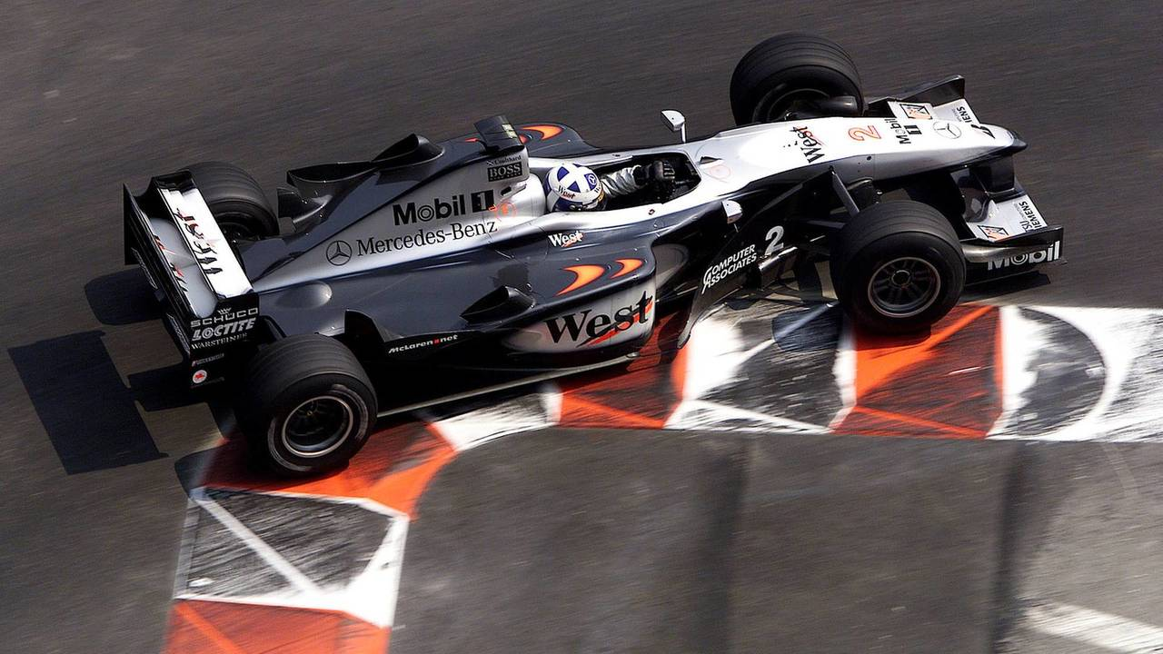 16. El McLaren MP4/15-Mercedes de F1
