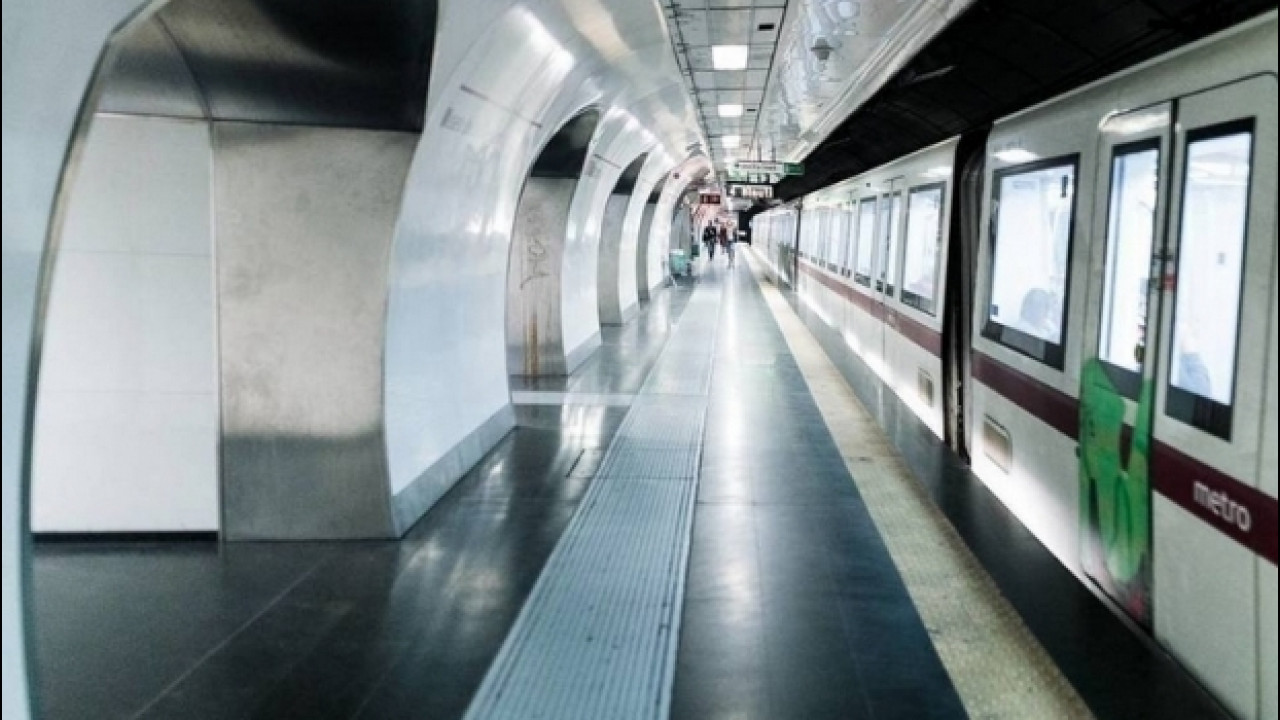 [Copertina] - Terremoto Centro Italia, a Roma metro ferma ed evacuata