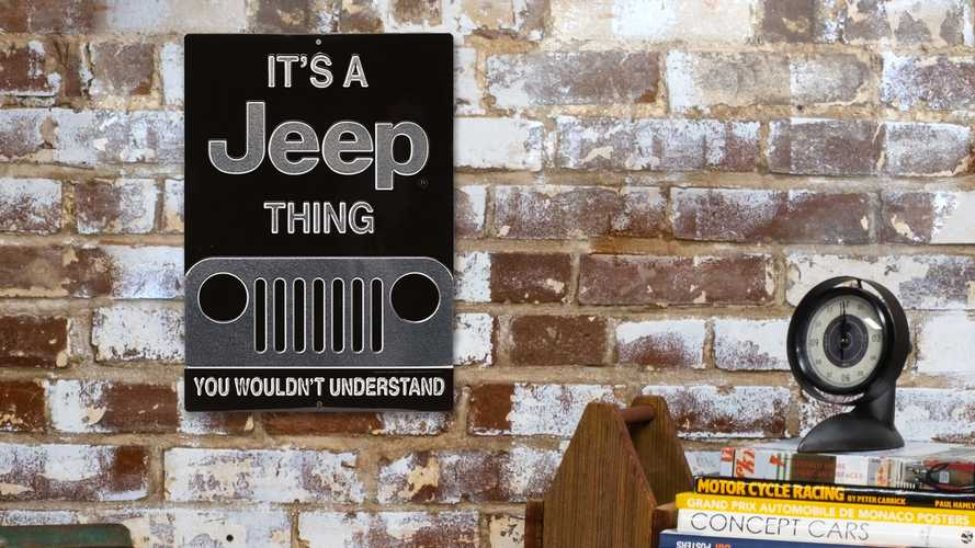 Jeep Has Cool Merchandise On Amazon In Time For Cyber Monday