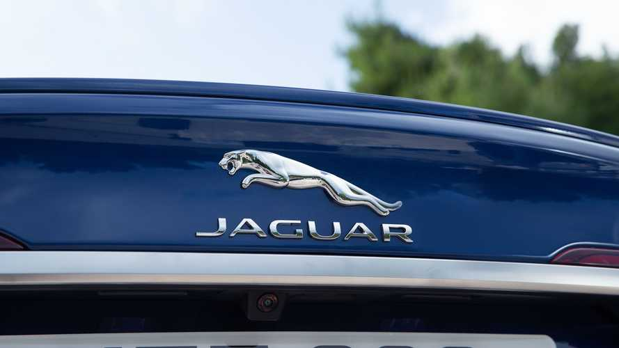 Jaguar Land Rover To Cut Production Capacity By 25 Percent