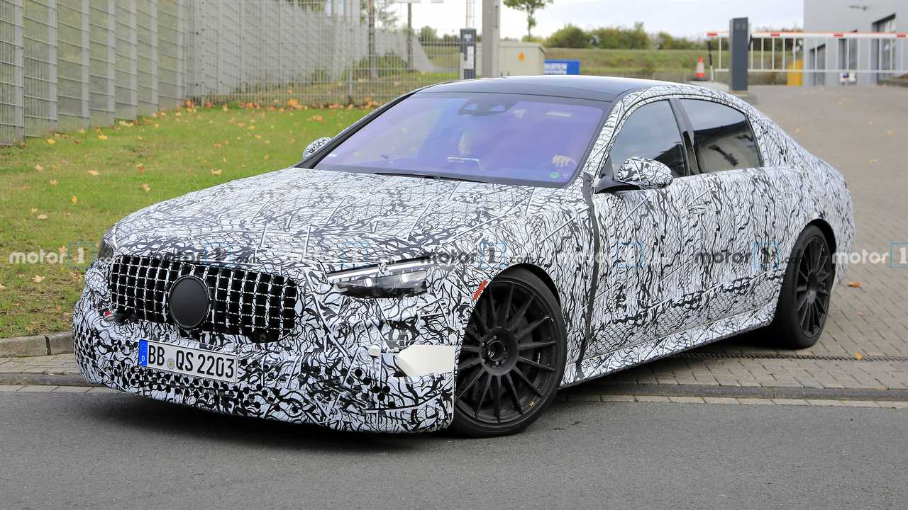 2022 Mercedes-AMG S63