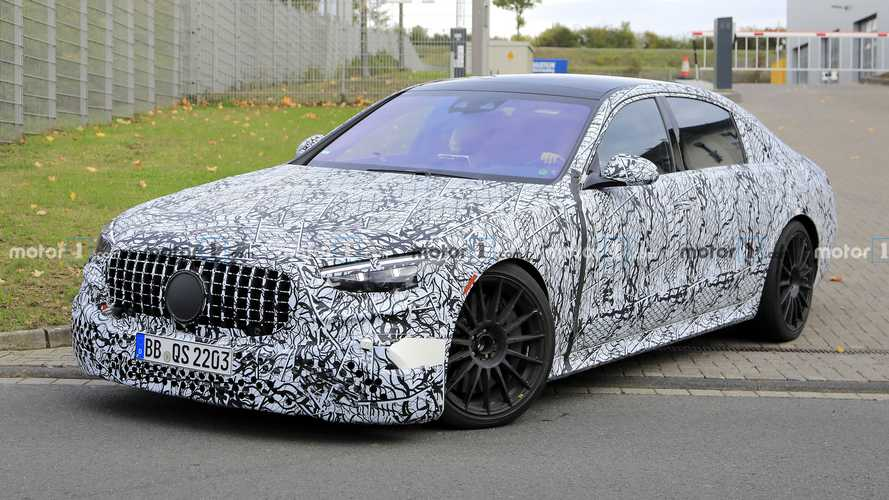2022 Mercedes-AMG S63e super saloon spied for the first time
