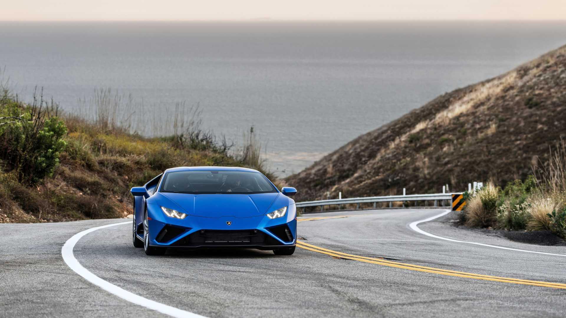 2020 Lamborghini Huracan Evo RWD front action