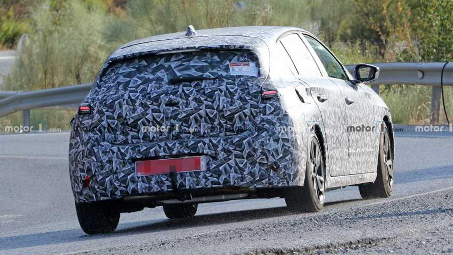2021 - [Peugeot] 308 III [P51/P52] - Page 33 2022-peugeot-308-rear-quarter