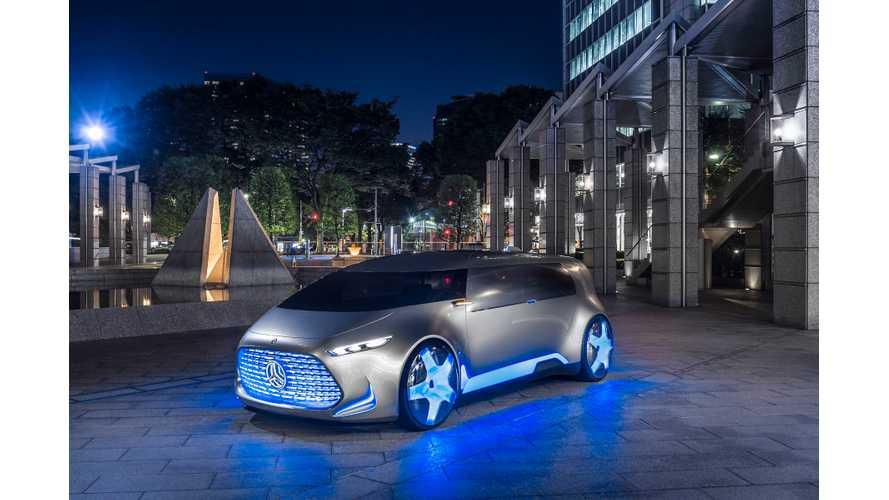 Mercedes-Benz Presents Hydrogen Fuel Cell Plug-In Hybrid - Vision Tokyo
