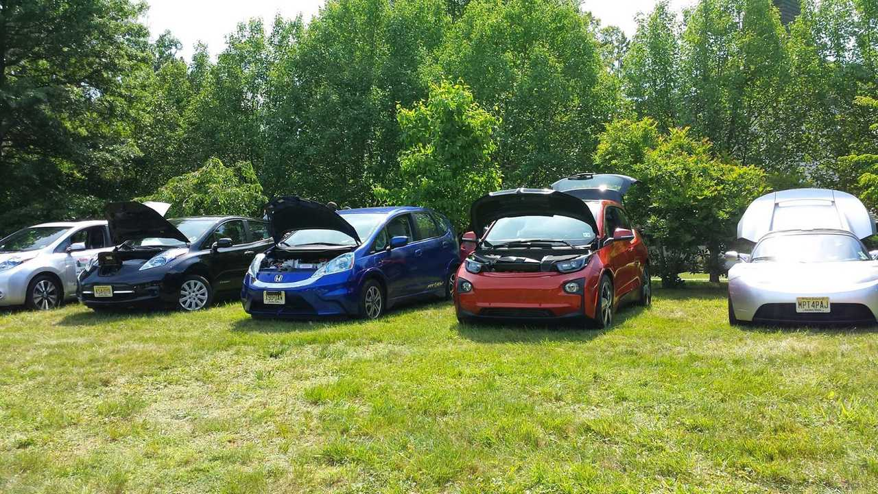 Tesla Roadster, BMW i3, Honda Fit EV and two LEAFs