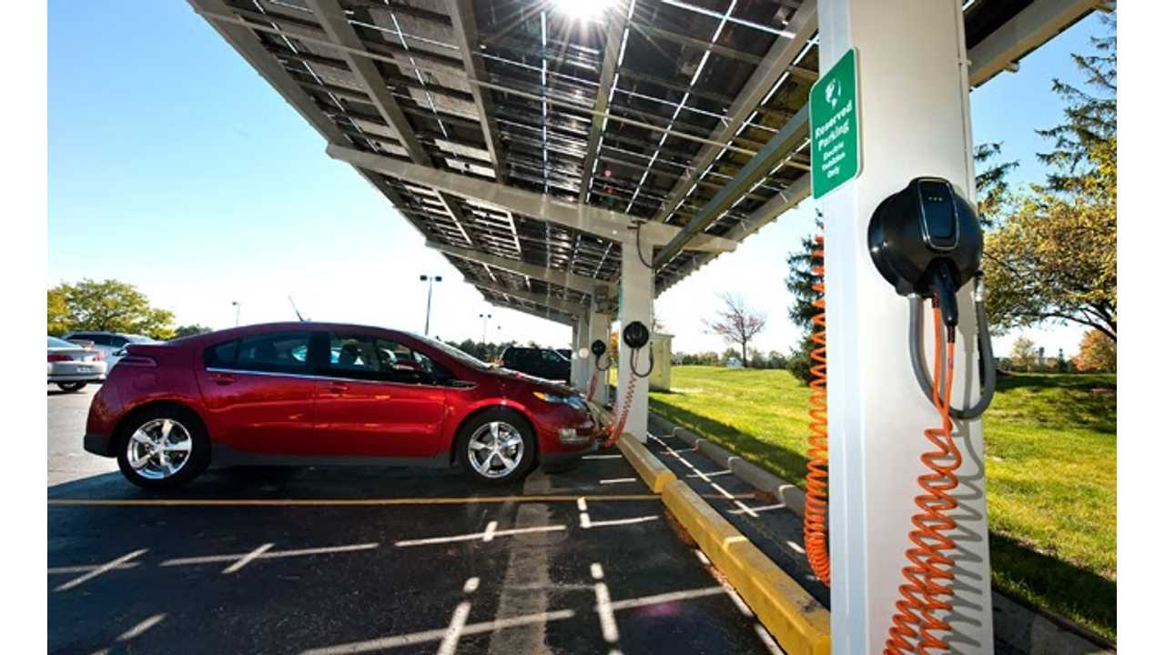 """""""Workplace Charging Sells Vehicles,"""" Says Director of Electric Power Research Institute"""