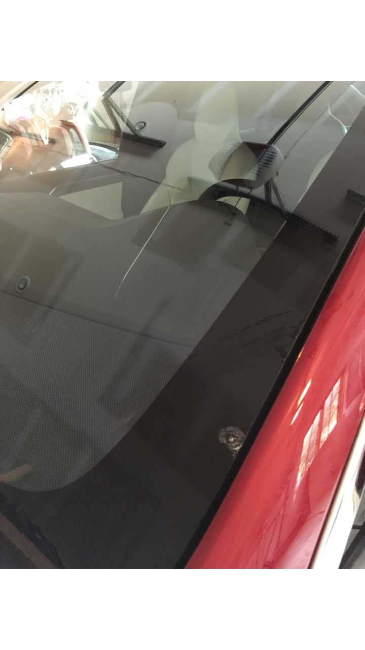 Tesla Model X Windshield Replacement Cost Is Only $880