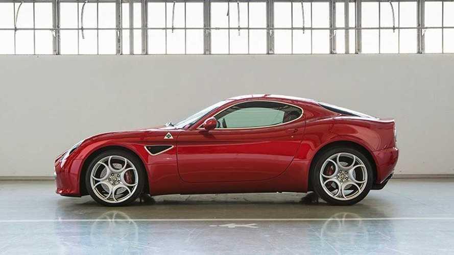 FCA vend deux Alfa Romeo 8C pratiquement neuves