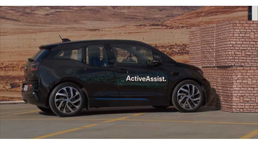 BMW i3 Collision Avoidance - Video