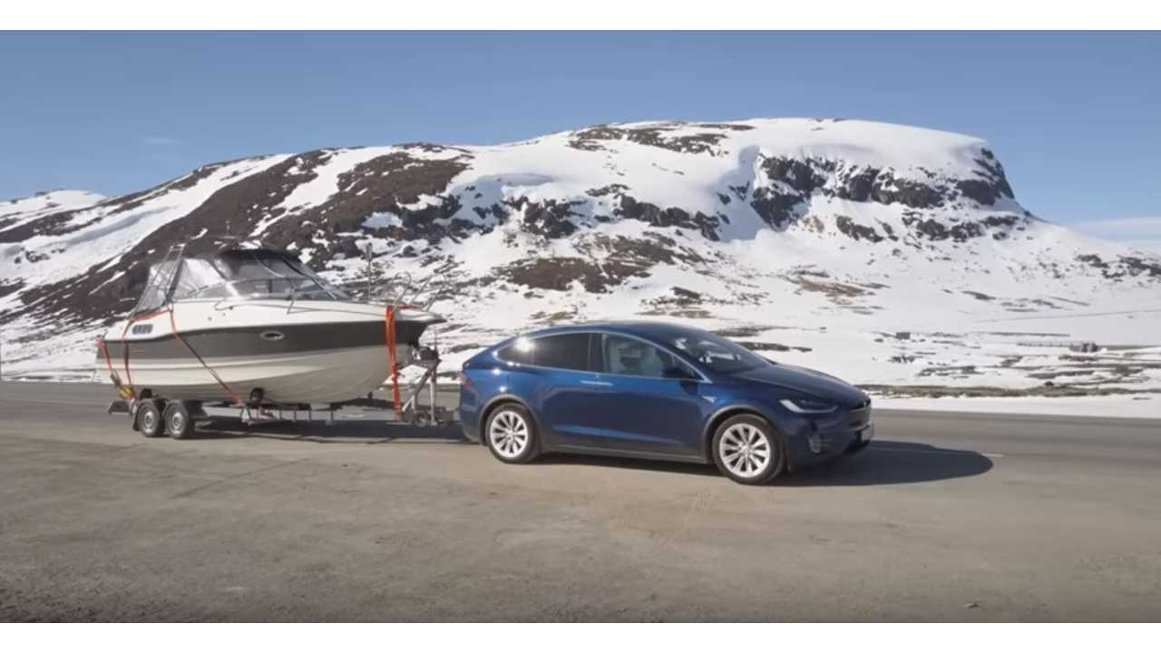 Tesla Model X Tows Boat Up A Mountain - Video