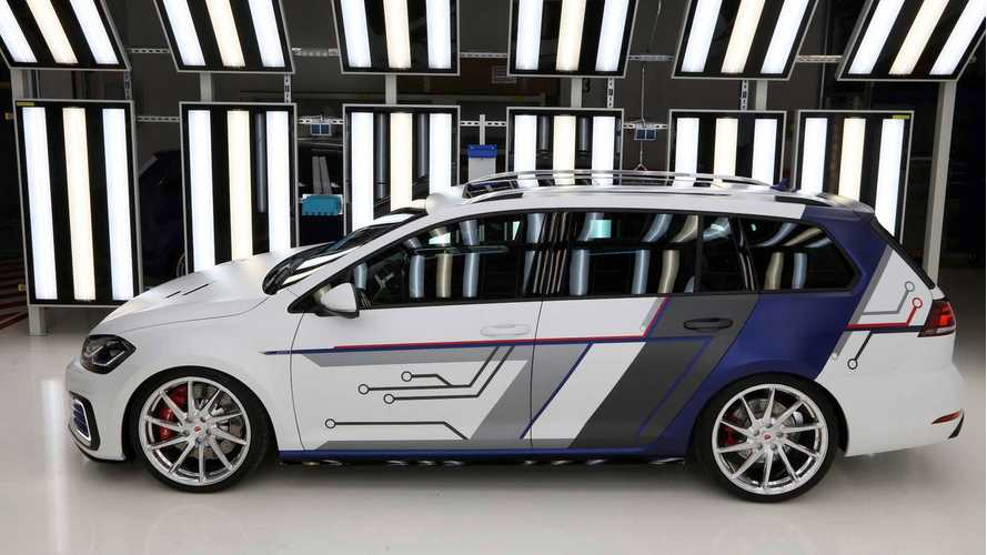 Volkswagen Shows Off GTE Impulse Estate Concept, GTI Worthersee