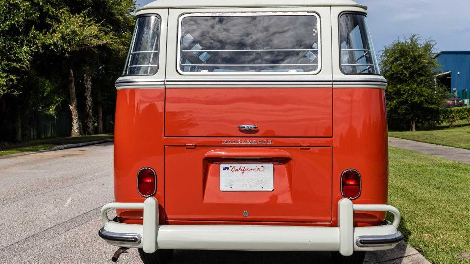 """[""""Get Blasted To The Past In A 1963 Volkswagen Bus""""]"""