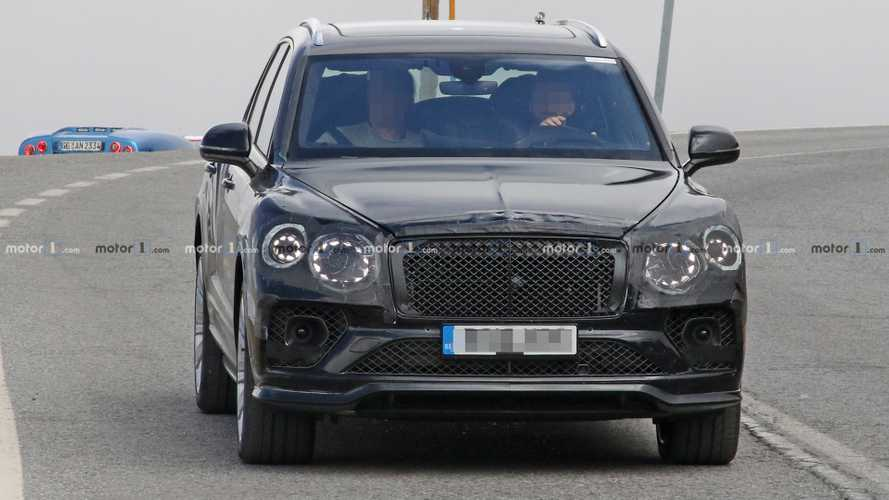Bentley Bentayga refresh spy shots